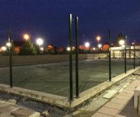 Preparando la pista deportiva para la Comunidad de Vecinos