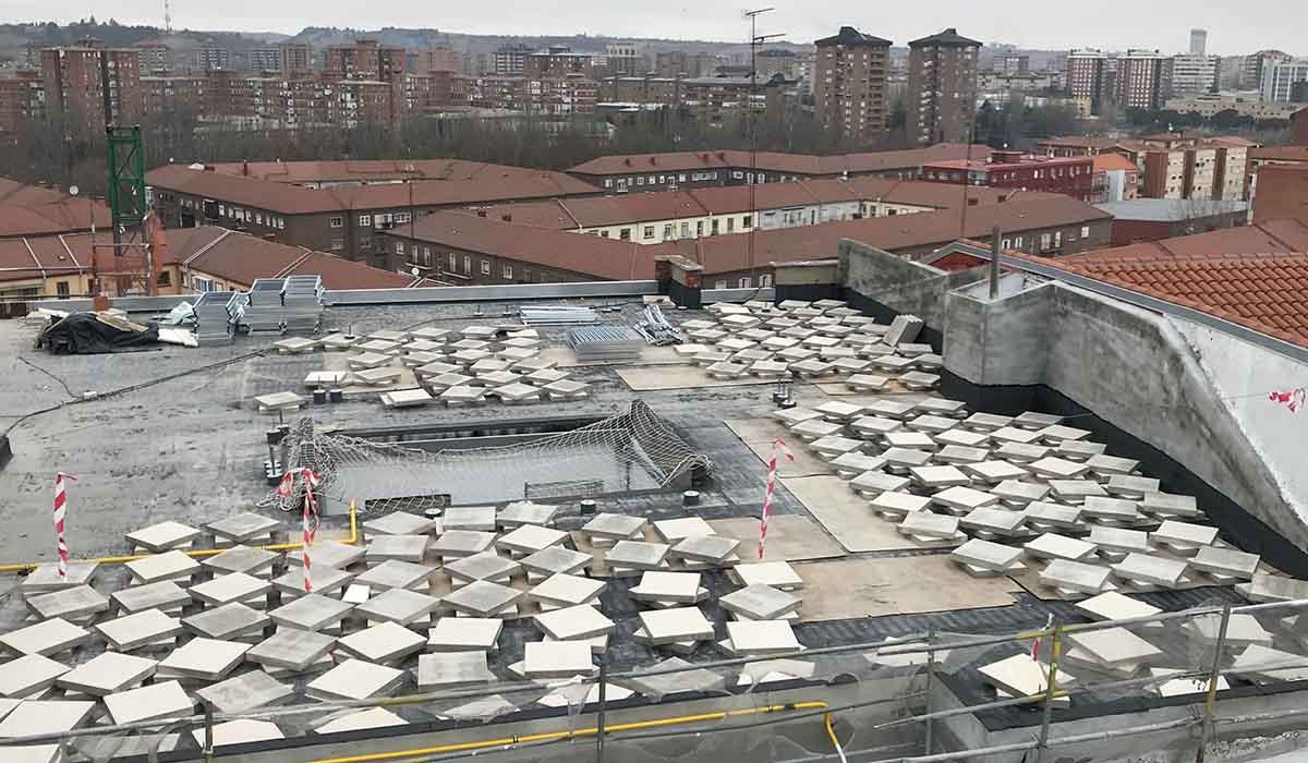 construyendo-cubierta-transitable-reforma-integral-eficiencia-energetica-edificio