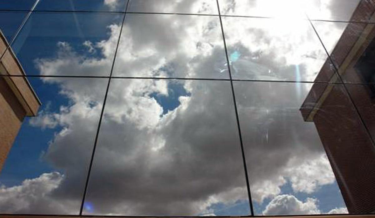 detalle-muro-cortina-construido-UFV-Madrid