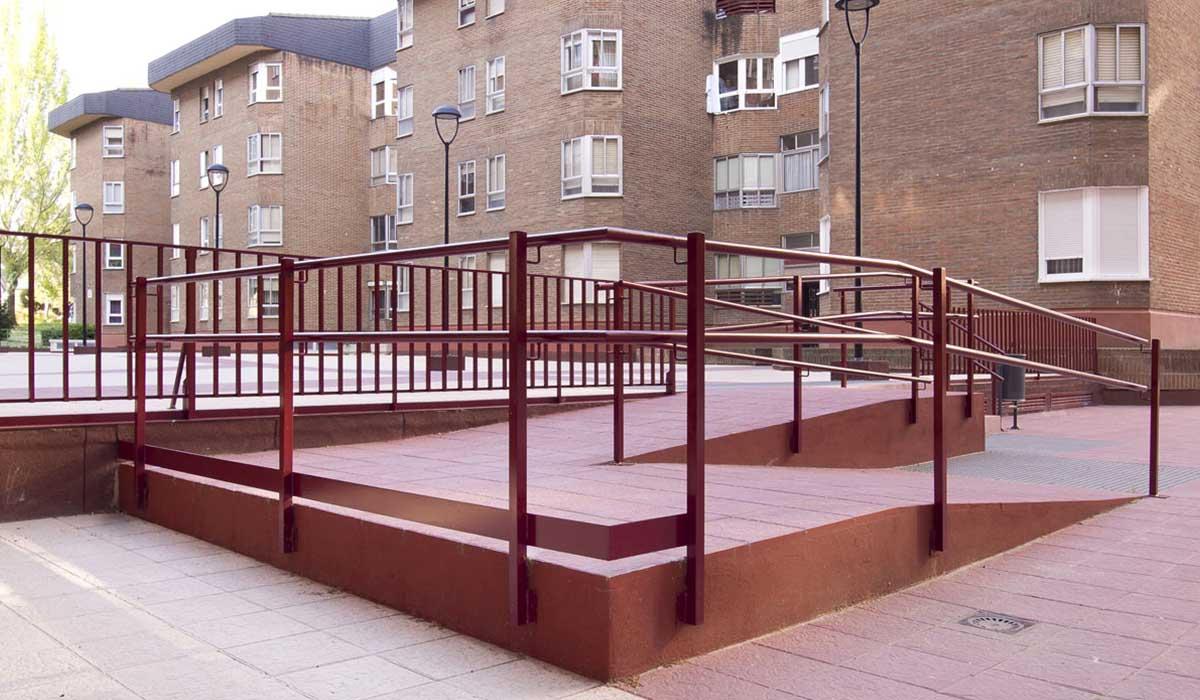 obra-construccion-rampa-eliminacion-barreras-comunidad-San-Pio