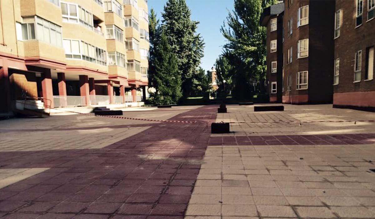 obra-instalacion-baldosas-espacios-comunes-San-Pio-Valladolid