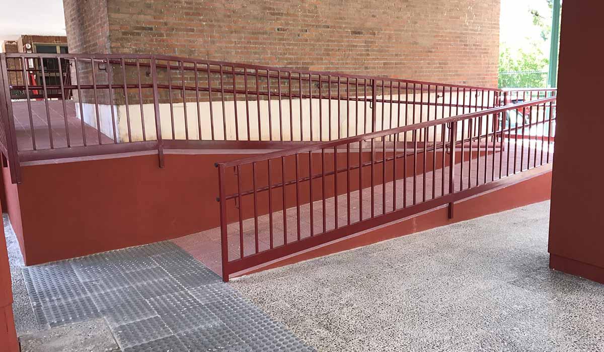 obra-nueva-rampa-instalada-urbanizacion-San-Pio