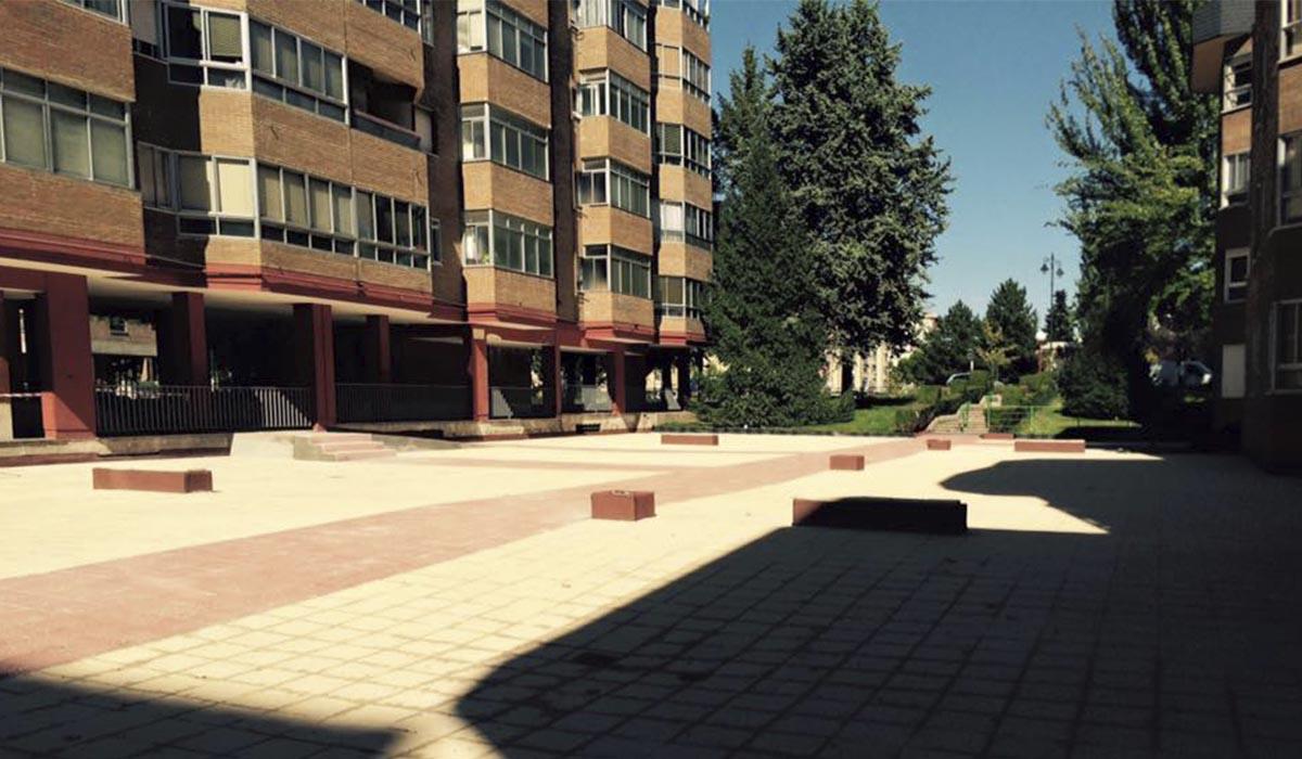 patio-embaldosado-casi-terminado-reforma
