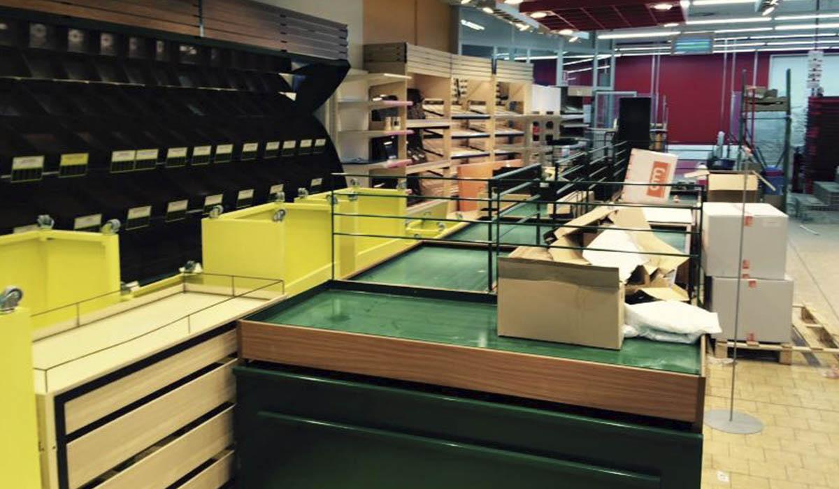 preparando-los-espacios-para-reforma-supermercado