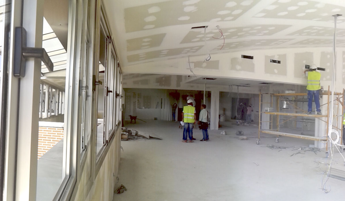 terminando-espacio-ultima-planta-edificio-universidad-UFV