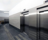 Mejora accesibilidad ascensor reforma integral Puente Colgante Valladolid