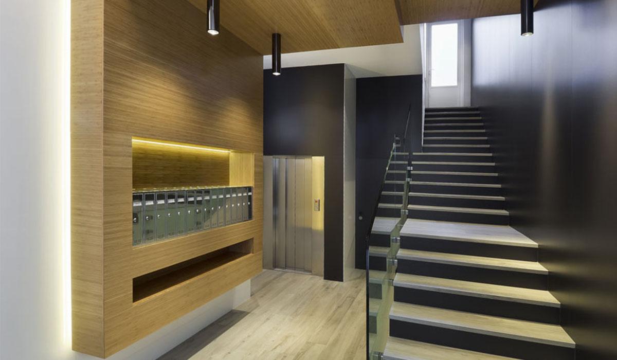 reforma-de-portal-bajada-cota-cero-ascensor-Felipe-II-Valladolid