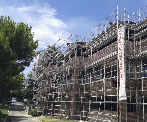 Rehabilitacion fachada cambio uso edificio universidad